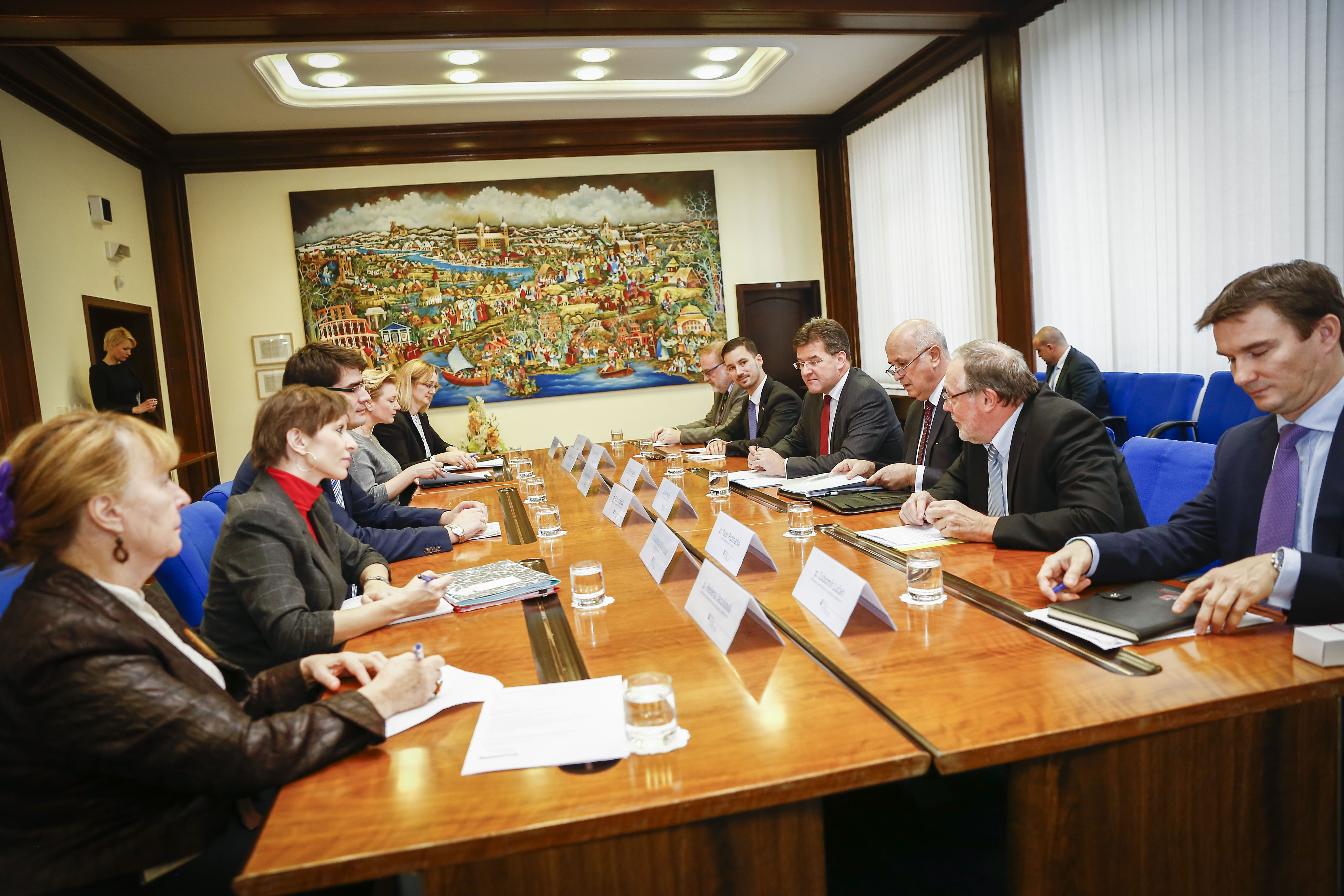 Minister Lajčák opened the first session of the Slovak Government Council for Compatriots´ Issues